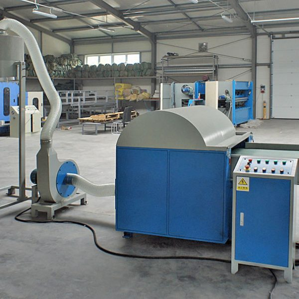 1. Textile, waste and other stuff pulping machine